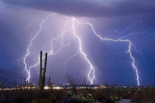 lightning over the Arizona desert